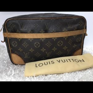 Louis Vuitton Compiegne 28 Clutch